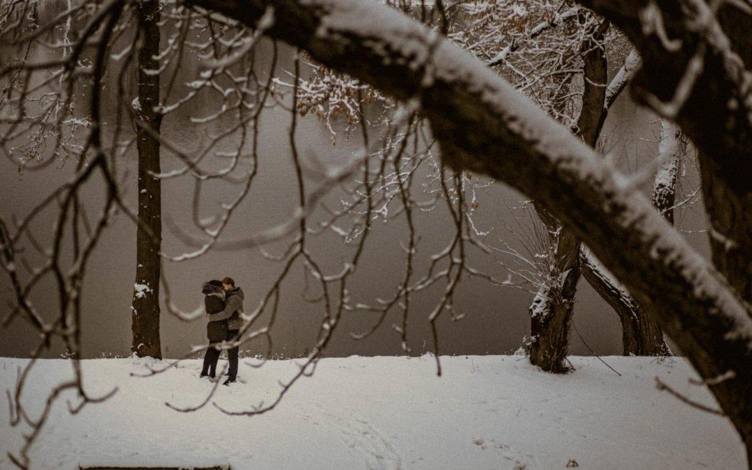 Sylwia i Wojtek – Zimowa Sesja Narzeczeńska – Warszawa Modlin