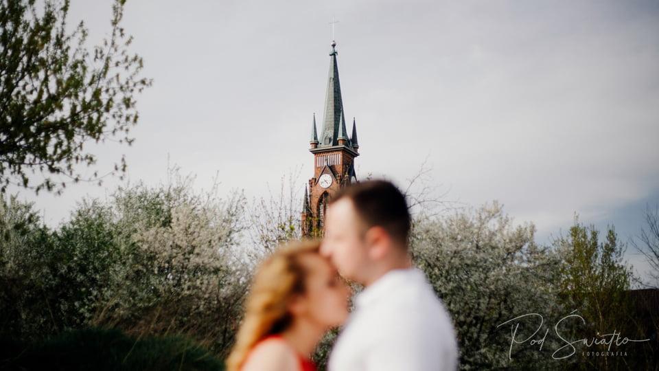 103 sesja narzeczenska kwiaty pruszkow nadarzyn fotograf