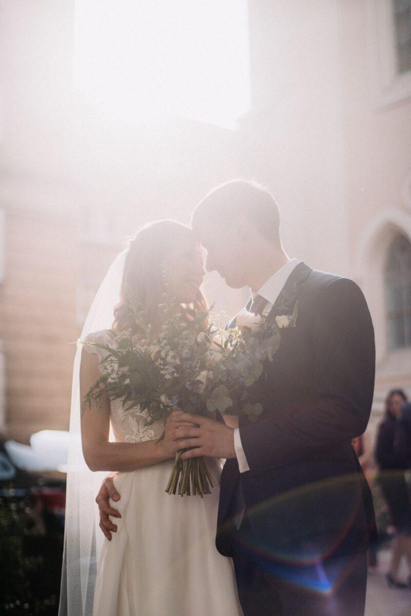 18 Portret ślubny pod swiatlo